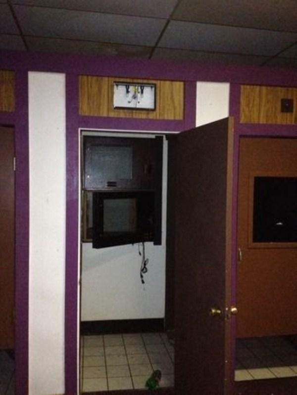 Abandoned Adult Movie Theater 54 photos  KLYKERCOM