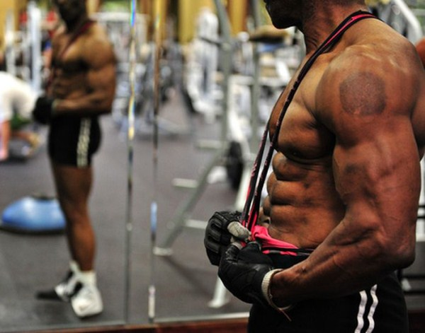 Amazing 70 Year Old Bodybuilder 30 Photos Klyker Com