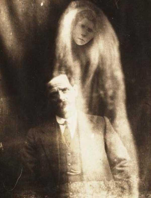 creepy pics from the past 7 Really Creepy Photos From 1920s (23 photos)