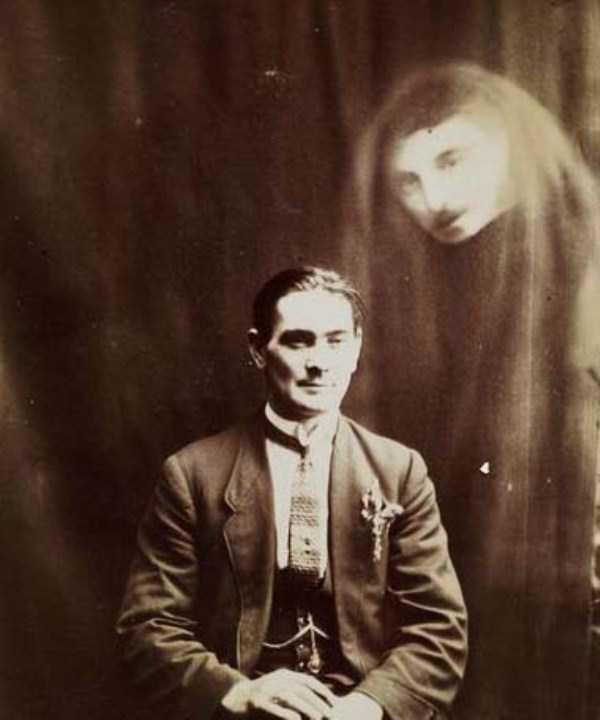 creepy pics from the past 8 Really Creepy Photos From 1920s (23 photos)