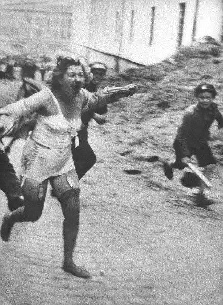 Нацизм на марше: в газете Рады написали о подвигах Бандеры, но забыли о Львовском погроме фото 3