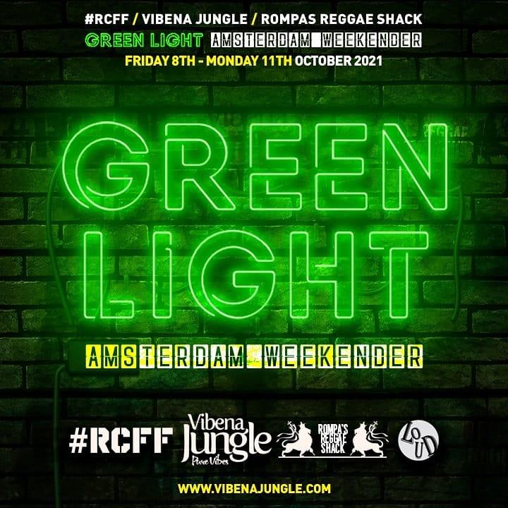 Green Light Weekender