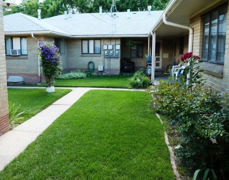 3712 courtyard