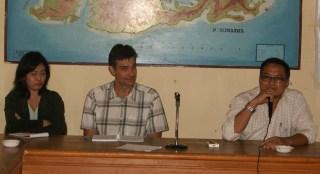 Tim Ausaid Pusat bersama Kepala Desa