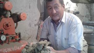 Сүрөтчү – скульптор Садырбек Макеев