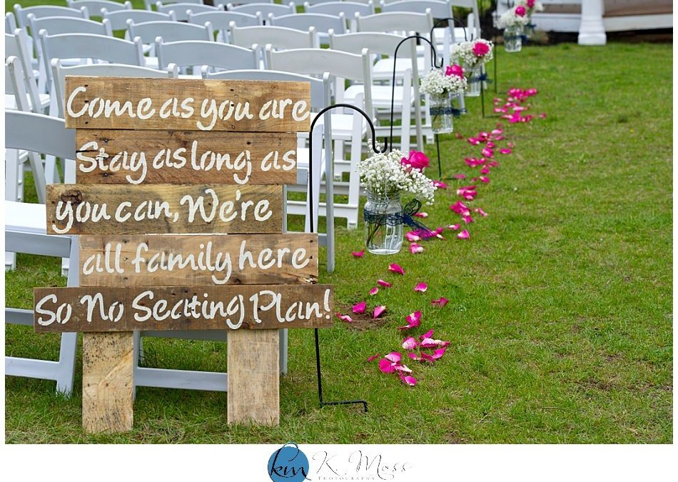 4 Ways to Be an Awesome Wedding Guest