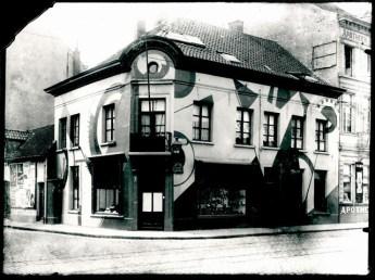Zicht op de hoek van de Kerk- en Lammekensstraat, ca. 1926.