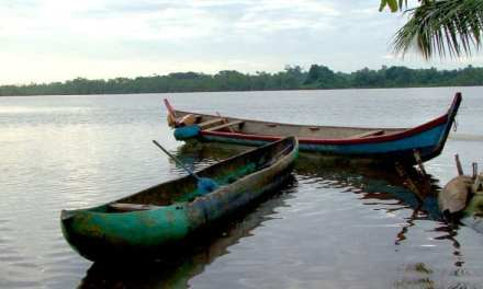 Two Drowned in Canoe Capsize