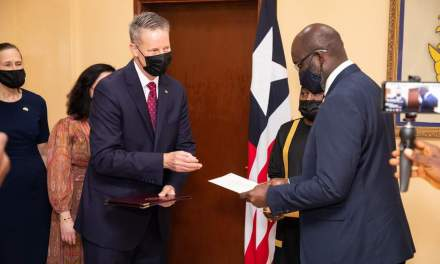 US AMBASSADOR PRESENTS LETTER OF CREDENCE TO PRESIDENT WEAH