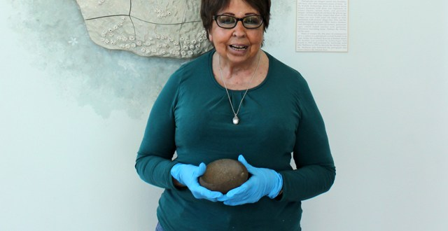 Alice Ryser named Alutiiq Museum 2017 volunteer of the year