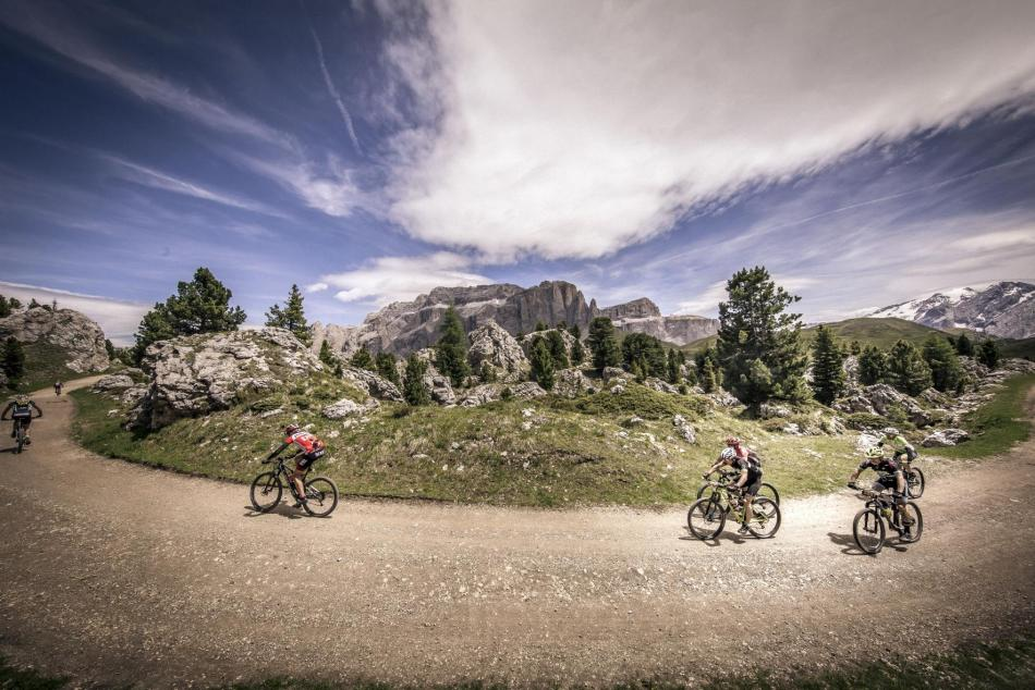 ph_credit_HERO Sudtirol Dolomites (2)