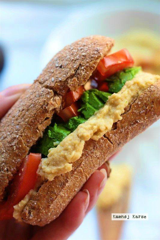 Sandwich med hummus