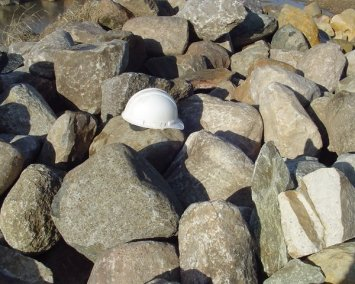 "Native Boulders 24"" - 36"""