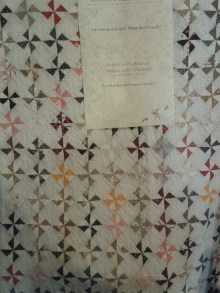 Historic quilt in Den Haan en Wagenmakers shop Amsterdam