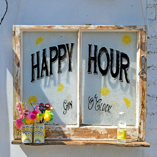 Happy Hour Upcycled Window featured at Talk of the Town - KnickofTime.net
