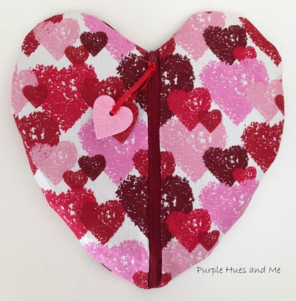 No Sew Duct Tape Heart Pouch by Purple Hues and Me