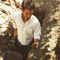 Sebastian Zuccardi showing us , just how complex his soils are!