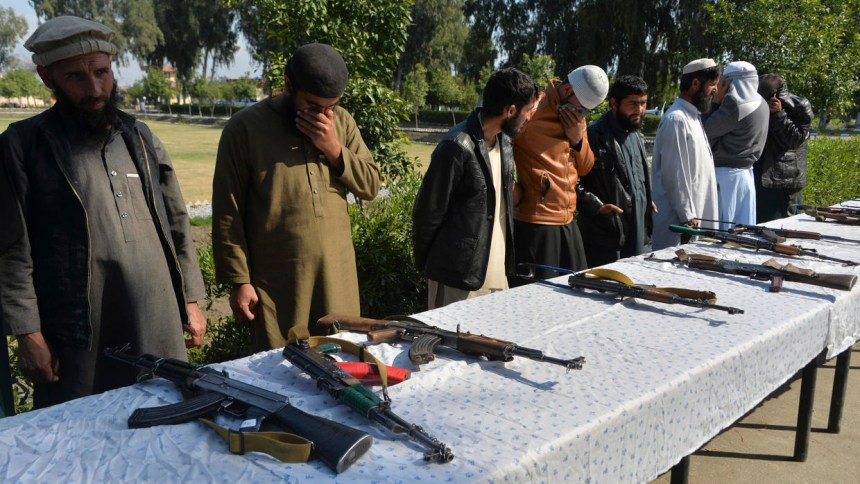 Afghan president and Taliban declare three-day Eid ceasefire from Sunday