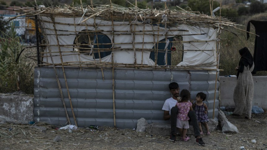 Germany to take in more than 1,500 refugees from Greek islands