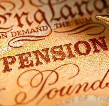 Pension: Britons urged to make their money 'work hard' as impacts of COVID-19 continue