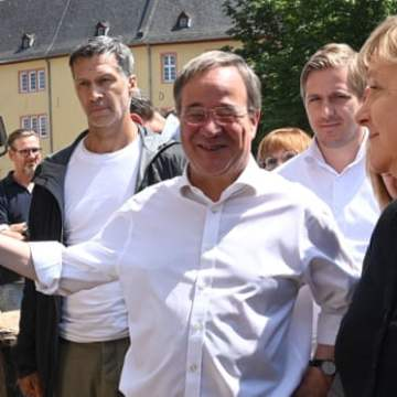 German election frontrunners fail to impress with flood response
