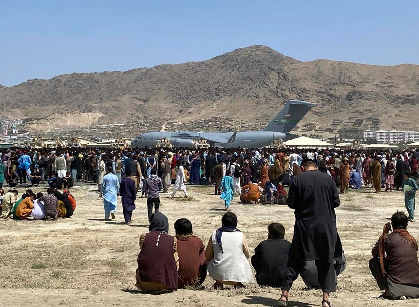 Taliban close Kabul airport road to Afghans to block their evacuation