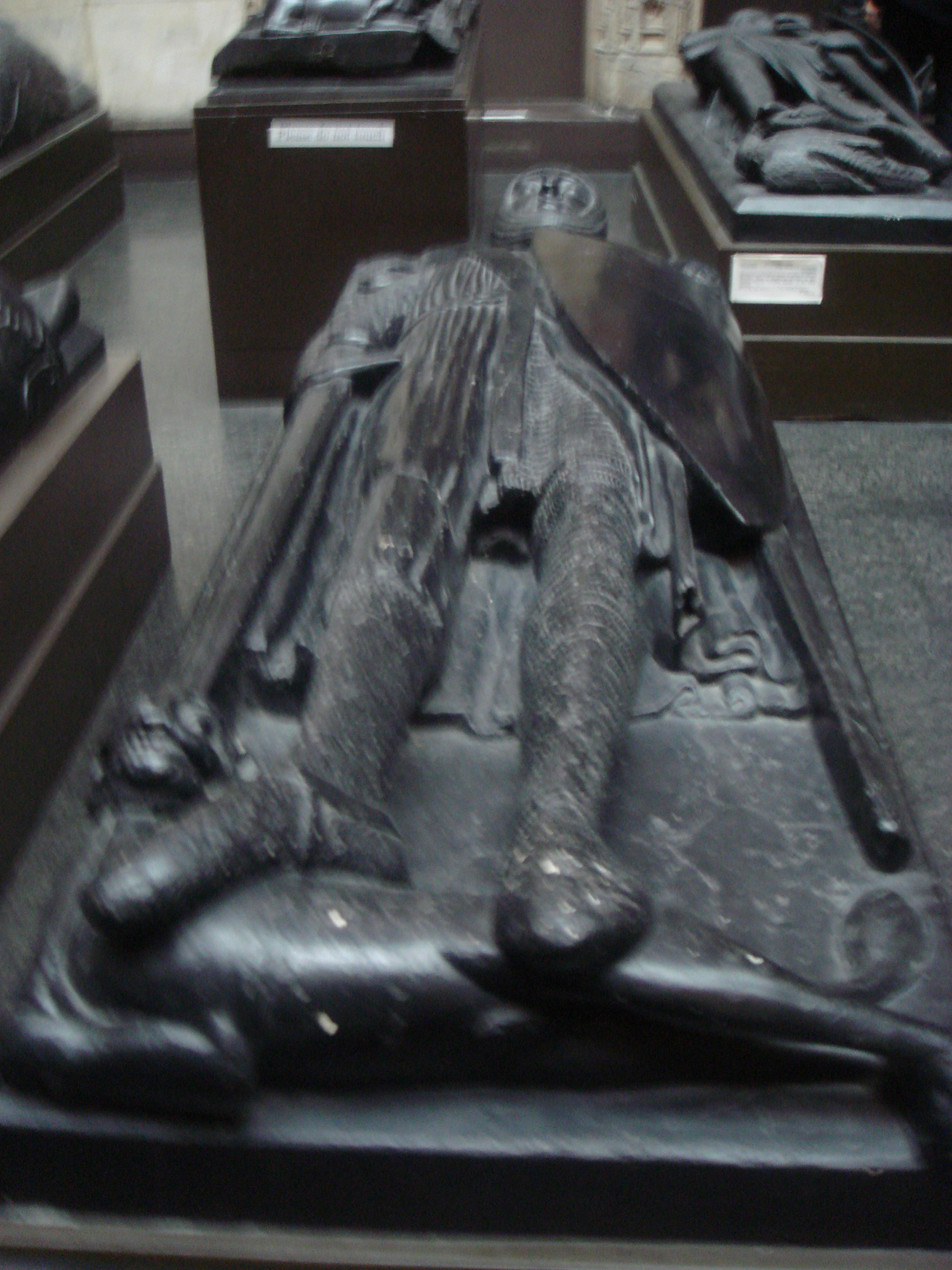 The Clothing and Equipment of a Knight  Knights of the Round Table