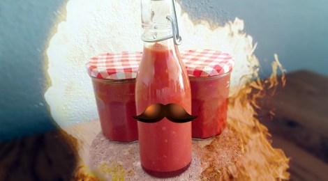 KT's Hot Chili Sauce