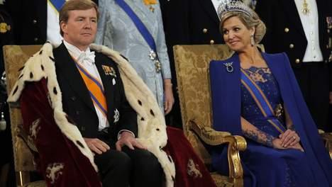 © getty.  Koning Willem-Alexander en koningin Máxima in de Nieuwe Kerk, vanmiddag.