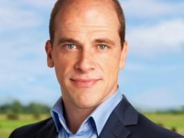 """PVDA Partijleider Diederik Samsom rechtte in zijn eerste reactie de rug. """"We hebben verloren, maar zijn niet verslagen."""""""