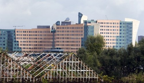 Nieuwbouw KPMG in Amstelveen langs de A9. Foto ANP / Koen Suyk