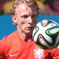 Chili probeerde Kuijt te testen in duel met Oranje Foto |   © 2014 ANP
