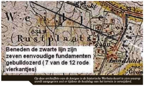 Op deze archieffoto van de Amigoe is de historische Werbata-kaart te zien waarop wordt aangegeven wat er tijdens de kaalslag van het terrein is verwijderd.