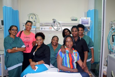 Het verplegend personeel van de Taams Kliniek is bezorgd over de toekomst van het ziekenhuis - Foto    Anneke Polak