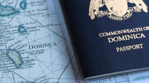 Paspoort Dominica