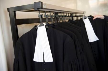VanEps Kunneman VanDoorne en Spigt Dutch Caribbean blijven de leidende advocatenkantoren