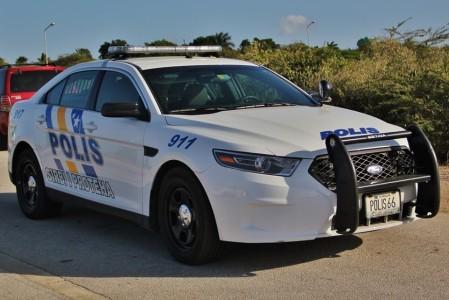 Politie roept hulp in na gewelddadige overval | Persbureau Curacao
