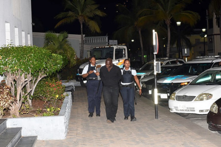 Police released Elisidro Richardo Wyatte (45) on Friday| Foto Daily Herald