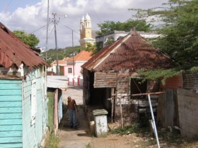 Hoewel niet specifiek genoemd in het onderzoek is ook in Otrobanda de armoede soms schrijnend. FOTO   AGNES VAN BERGEN