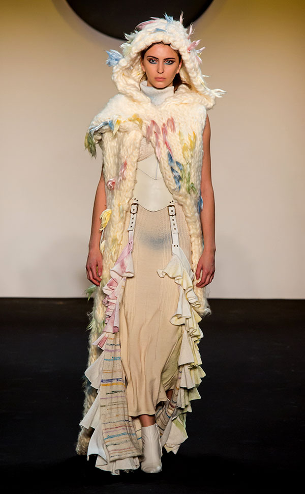 Designer: John Tlapa- knitGrandeur: FIT The Future of Fashion 2019, Knitwear