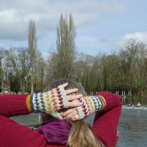 rainbow-mitts-with-ponytail-1020317