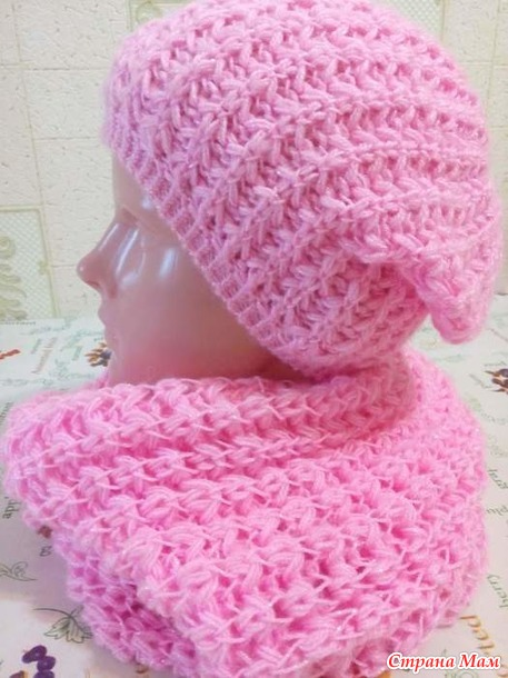 Pălăria cu fotografii de tricotat