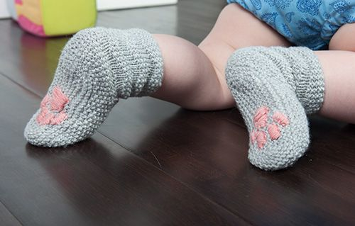 kitten paw socks: knittedbliss.com