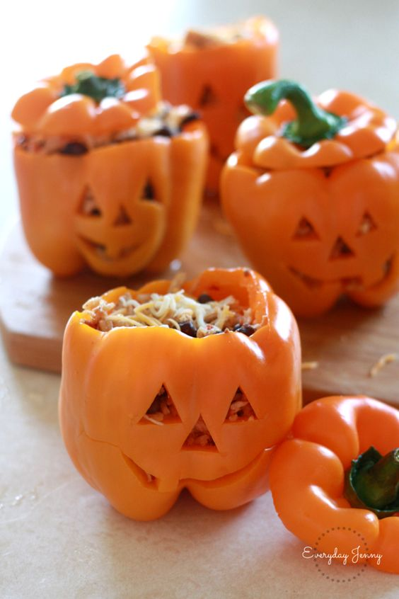 Pin Ups and Link Love: Stuffed Halloween Peppers | knittedbliss.com
