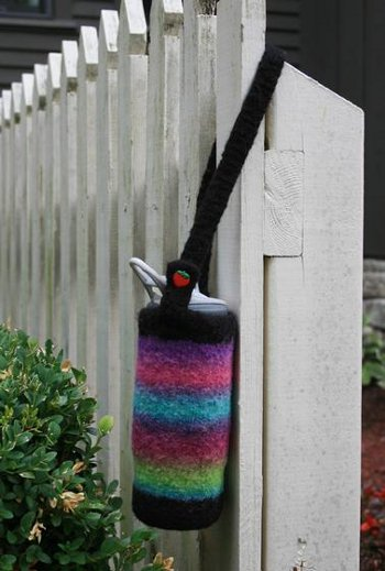 how to carry yarn in knitting stripes