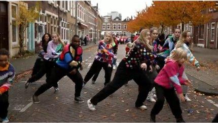 sweater flashmob