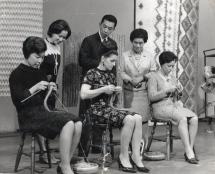 former worlds fastest knitter