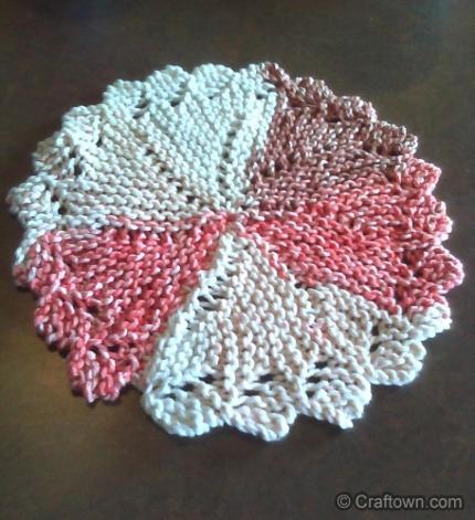 Knit a Pinwheel Dishcloth - Knitting