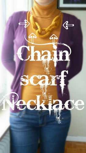 knit a simple necklace of chain links