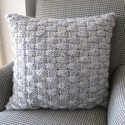 knit basketweave pillow
